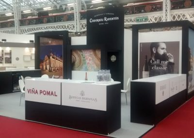 stand 26